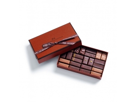 Coffret Maison Dark and Milk 24 chocolates
