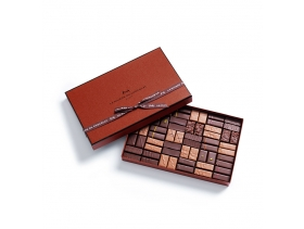 Coffret Maison Dark and Milk 60 chocolates