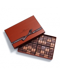 Coffret Maison Dark and Milk 112 chocolates