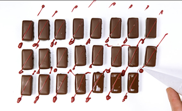 handmade decoration - La Maison du Chocolat